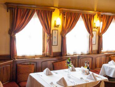 Уютна атмосфера и автентична кухня в гр. Карлово | Ресторант Едно време